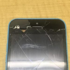 iphone5c ガラス割れ