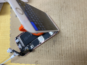 iPhone Repair 充電不良