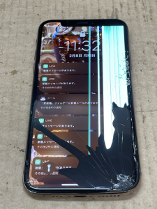 iPhone Reapair ガラス割れ