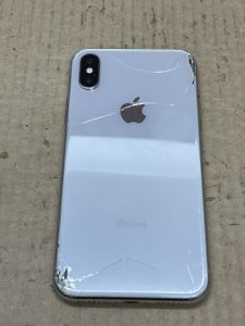 iPhone Repair 背面ガラス修理