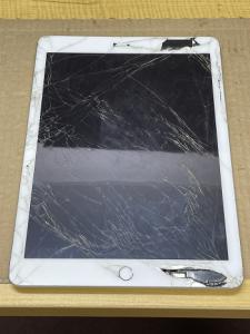 iPad Repiar ガラス割れ修理